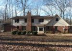 Foreclosed Home in Sheffield 35660 EVERGREEN CT - Property ID: 4101955558