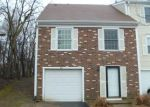 Foreclosed Home in Cary 60013 OAK VALLEY DR - Property ID: 4102174996