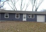 Foreclosed Home in Leavenworth 66048 POTTAWATOMIE ST - Property ID: 4102203447