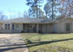 Foreclosed Home in Jackson 39211 RIVER GLN - Property ID: 4102305503
