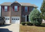 Foreclosed Home in Clarksville 37042 SUMMERFIELD DR - Property ID: 4102447402