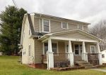 Foreclosed Home in Oak Hill 25901 MAIN ST E - Property ID: 4102501268