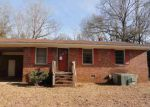 Foreclosed Home in Abbeville 29620 OLD DOUGLAS MILL RD - Property ID: 4102700100