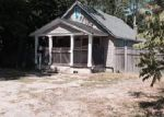 Foreclosed Home in Riverhead 11901 RIVERLEIGH AVE - Property ID: 4103083786