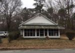 Foreclosed Home in Boykins 23827 NUMBER 8 SCHOOLHOUSE RD - Property ID: 4103769201