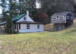 Foreclosed Home in Woodbury 06798 WHITE DEER ROCKS RD - Property ID: 4104021485