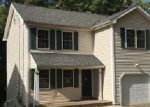 Foreclosed Home in Waterbury 06708 LAKESIDE BLVD E - Property ID: 4104034624