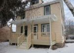 Foreclosed Home in Beaver Dam 53916 MADISON ST - Property ID: 4104104698