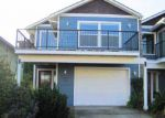 Foreclosed Home in Hood River 97031 WASCO ST - Property ID: 4104198418
