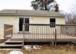 Foreclosed Home in New Britain 06053 MERIGOLD DR - Property ID: 4104573326