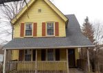 Foreclosed Home in Waterbury 06706 PEARL LAKE RD - Property ID: 4104801963