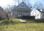 Foreclosed Home in Silvis 61282 4TH AVE - Property ID: 4104954365