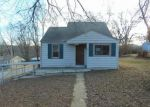 Foreclosed Home in Independence 64052 S HALL RD - Property ID: 4105118158