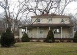 Foreclosed Home in Peoria 61604 W FARMINGTON RD - Property ID: 4105270584