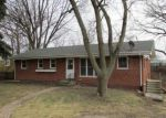 Foreclosed Home in Lisle 60532 ROLLING DR - Property ID: 4105923608