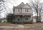 Foreclosed Home in Shelbyville 62565 S BROADWAY ST - Property ID: 4105952510