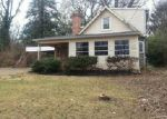 Foreclosed Home in Silver Spring 20902 MAPLEVIEW DR - Property ID: 4106087405