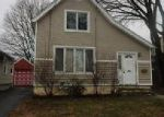 Foreclosed Home in Hamden 06517 BENTON ST - Property ID: 4107001904