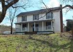 Foreclosed Home in Greenback 37742 NILES FERRY RD - Property ID: 4107542352