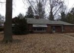 Foreclosed Home in Belleville 62220 S MISSOURI AVE - Property ID: 4107881342