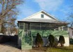 Foreclosed Home in Wilmington 19805 OAK AVE - Property ID: 4108073170