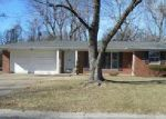 Foreclosed Home in Belleville 62223 LONGVIEW DR - Property ID: 4108294350