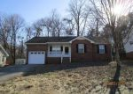 Foreclosed Home in Clarksville 37042 SARAH ELIZABETH DR - Property ID: 4108661829
