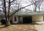 Foreclosed Home in High Ridge 63049 CRYSTAL CIRCLE DR - Property ID: 4108796721