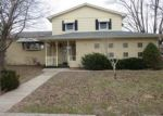 Foreclosed Home in Mount Vernon 47620 ORIOLE CIR - Property ID: 4109202716