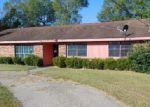 Foreclosed Home in Bogalusa 70427 HILLSDALE ST - Property ID: 4109289429