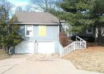 Foreclosed Home in Kansas City 64118 NW 70TH ST - Property ID: 4110296777