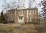 Foreclosed Home in West Bloomfield 48323 SAVOIE TRL - Property ID: 4110380423