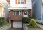 Foreclosed Home in Kearny 7032 HIGHLAND AVE - Property ID: 4111124547