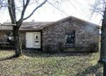 Foreclosed Home in Louisville 40229 CORBIN CT - Property ID: 4111248937