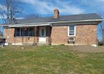 Foreclosed Home in Frankfort 40601 WINDING WAY DR - Property ID: 4111257691
