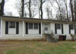Foreclosed Home in Greensboro 27406 BIRCHCREST DR - Property ID: 4112005303