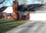 Foreclosed Home in Vicksburg 39180 COLONIAL DR - Property ID: 4112503731