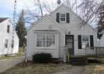 Foreclosed Home in Toledo 43612 CRESTWOOD RD - Property ID: 4112642116