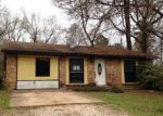 Foreclosed Home in Huntsville 77320 JENKINS RD - Property ID: 4113117774
