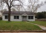 Foreclosed Home in Hempstead 77445 12TH ST - Property ID: 4113125650