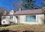 Foreclosed Home in Bluefield 24701 S GROVELAND DR - Property ID: 4113487412