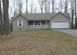 Foreclosed Home in Crossville 38571 JIM GARRETT RD - Property ID: 4113594276