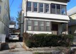 Foreclosed Home in Newark 07106 W END AVE - Property ID: 4114381313