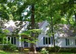 Foreclosed Home in Germantown 38138 MEADOW HILL CV - Property ID: 4114677386