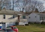 Foreclosed Home in Waterbury 06705 WOODTICK RD - Property ID: 4114909517