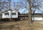 Foreclosed Home in Fairview Heights 62208 LAUREL DR - Property ID: 4115090844