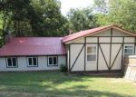 Foreclosed Home in Kingsport 37663 WAGON WHEEL LN - Property ID: 4115267782