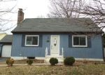 Foreclosed Home in Meriden 06450 OAKLAND CT - Property ID: 4115485453