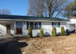 Foreclosed Home in Walnut Ridge 72476 BARBARA DR - Property ID: 4115567346