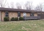 Foreclosed Home in Troy 62294 MEADOW DR - Property ID: 4116144157